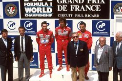 Podium : le vainqueur Alain Prost, McLaren, le second Ayrton Senna, McLaren, le troisième Michele Alboreto, Ferrari