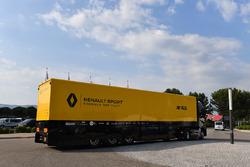 Renault Sport F1 Team truck