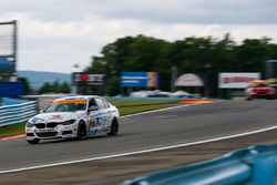#81 BimmerWorld Racing, BMW 328i, ST: Nick Galante, Devin Jones