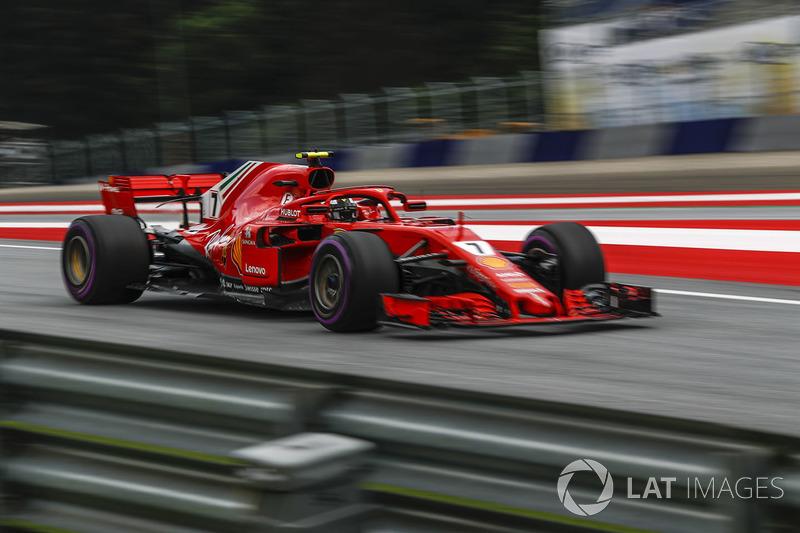 3: Kimi Raikkonen, Ferrari SF71H, 1'03.660