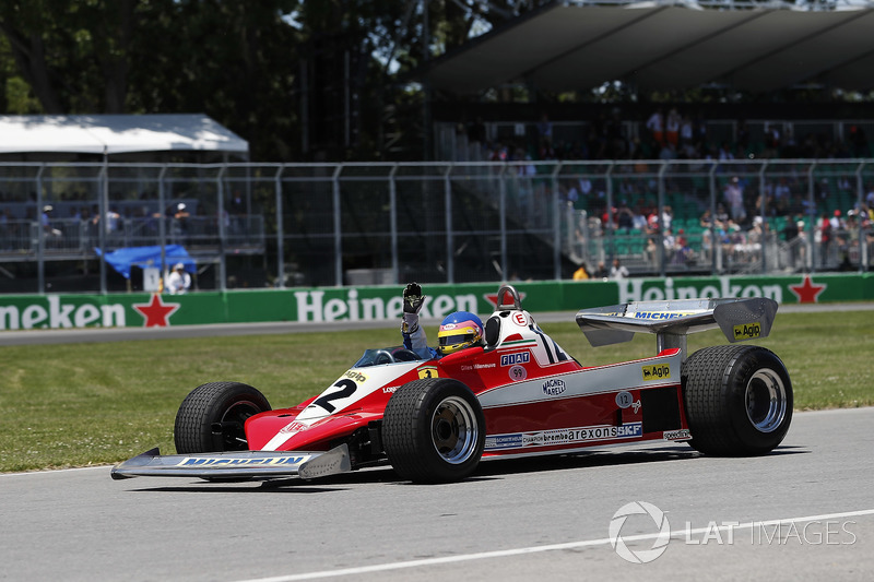 Jacques Villeneuve guida la monoposto del padre, Gilles Villeneuve, Ferrari 312T 1978
