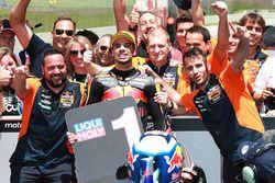 Ganador de carrera Miguel Oliveira, Red Bull KTM Ajo Moto2