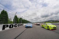 Pace-Laps: Ryan Blaney, Team Penske, Ford Fusion Menards/Duracell, Kevin Harvick, Stewart-Haas Racing, Ford Fusion Bush Beer