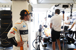 Fernando Alonso, McLaren, in the garage