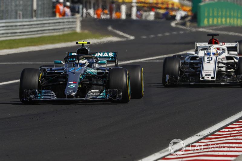 Valtteri Bottas, Mercedes AMG F1 W09, doppia Marcus Ericsson, Sauber C37