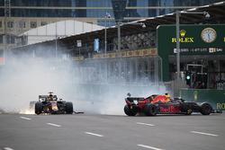 Max Verstappen en Daniel Ricciardo, Red Bull Racing RB14 crash