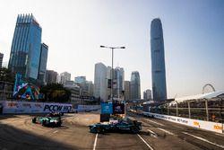 Oliver Turvey, NIO Formula E Team leads Nelson Piquet Jr., Jaguar Racing