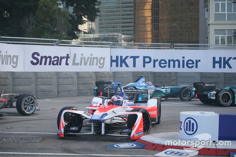 Choque Felix Rosenqvist, Mahindra Racing, Luca Filippi, NIO Formula E Team