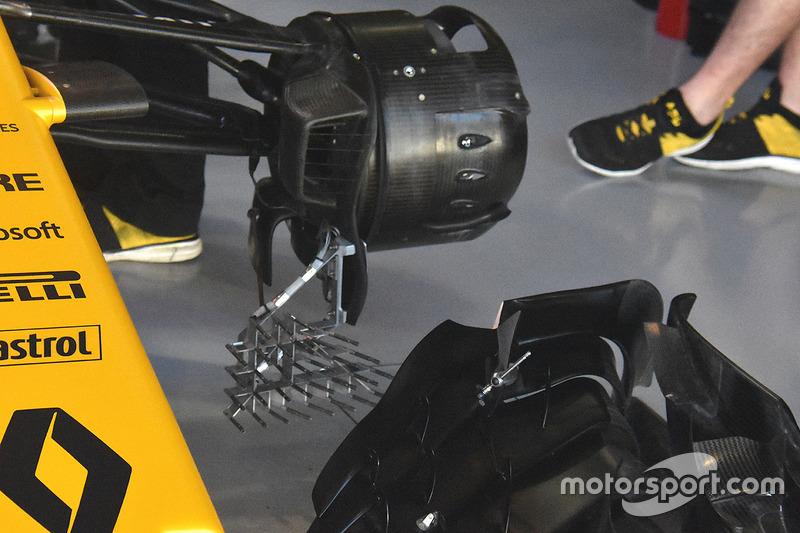 """أنظمة الاستشعار على سيارة رينو """"آر.اس17"""""""