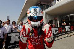 Race winner Pepe Oriola, Lukoil Craft-Bamboo Racing, SEAT León TCR
