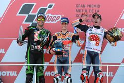 Podio: segundo lugar Johann Zarco, Monster Yamaha Tech 3, ganador de la carrera Dani Pedrosa, Repsol
