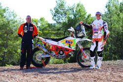 Лайа Санс, KH-7 Rally Team