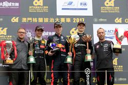 Podium: Race winner Dan Ticktum, Motopark with VEB, Dallara Volkswagen, second place Lando Norris, C