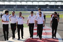 Mike Conway, Kamui Kobayashi, Jose Maria Lopez, Toyota Gazoo Racing track walk