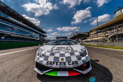 Автомобиль безопасности Super Trofeo World Final