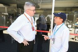 Ross Brawn, Managing Director of Motorsports, FOM, Roberto Moreno