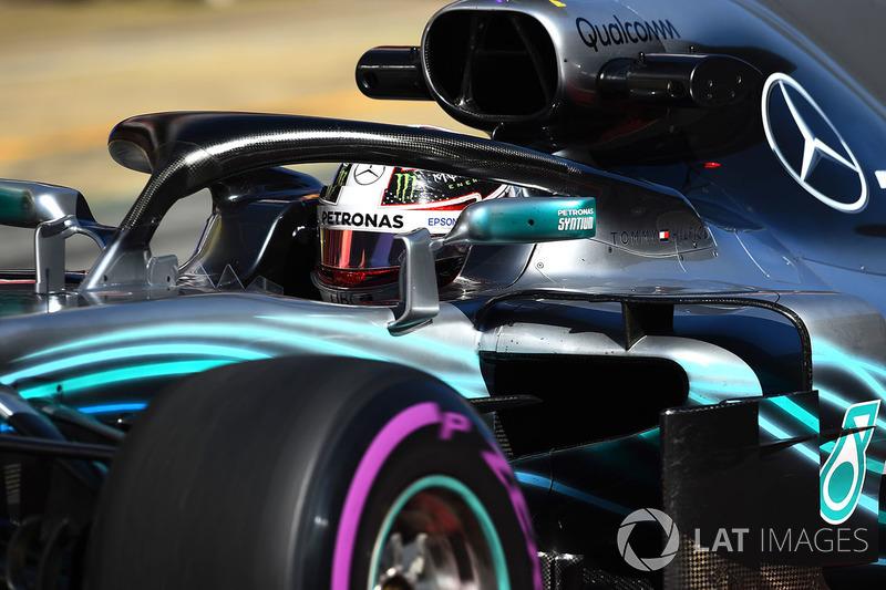 8º Lewis Hamilton, Mercedes-AMG F1 W09: 1:18.400 (Ultrablandos)