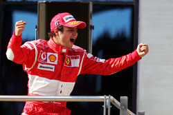 Podium : le vainqueur Felipe Massa, Ferrari