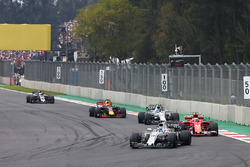 Felipe Massa, Williams FW40, Kimi Raikkonen, Ferrari SF70H, Lance Stroll, Williams FW40, Daniel Ricciardo, Red Bull Racing RB13