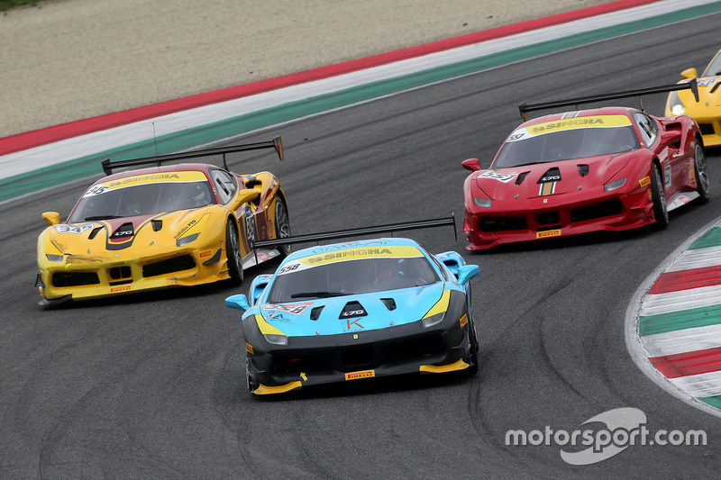 #558 Modena Motori Taiwan Ferrari 488: Kent Chen