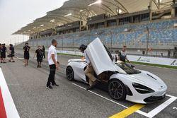 Pirelli hot laps McLaren