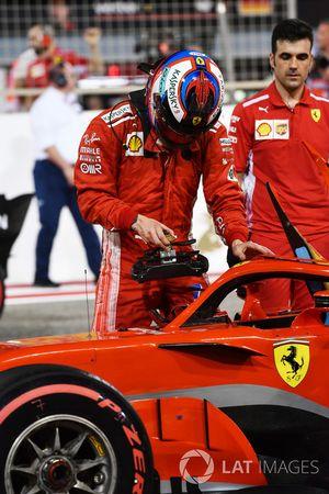 Kimi Raikkonen, Ferrari SF71H in parc ferme