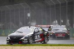Jack Le Brocq, Tekno Autosports Holden, leads Anton De Pasquale, Erebus Motorsport Holden