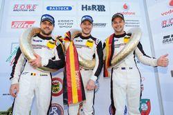Podium: Sieger #911 Manthey Racing Porsche 911 GT R: Kevin Estre, Earl Bamber, Laurens Vanthoor