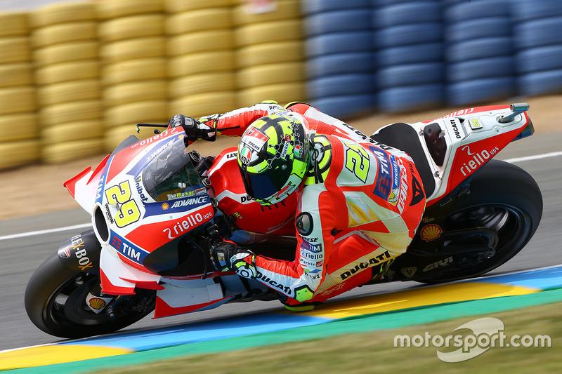 #29 Andrea Iannone