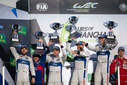 Podium GTE: Race winner #67 Ford Chip Ganassi Racing Team UK Ford GT: Andy Priaulx, Harry Tincknell;