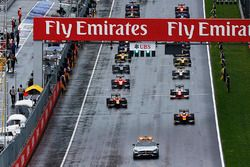 Race start achter de safety car