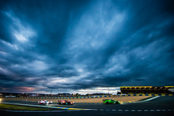 #44 Manor Oreca 05 Nissan: Tor Graves, Matthew Rao, Roberto Merhi, #26 G-Drive Racing Oreca 05 Nissa