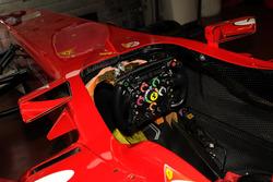 Volante Ferrari F10