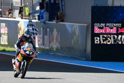Le vainqueur, Brad Binder, Red Bull KTM Ajo