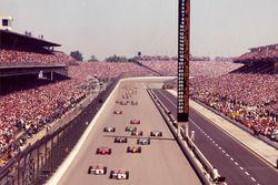 Start zum Indy 500: Al Unser Jr., Team Penske, Penske-Mercedes, führt