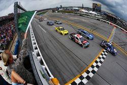Start: Chase Elliott, Hendrick Motorsports Chevrolet, führt