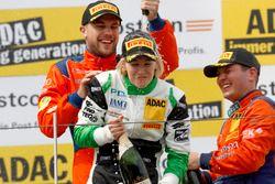 Podio: #24 kfzteile24 - APR Motorsport, Audi R8 LMS: Florian Stoll, Laurens Vanthoor y #50 YACO Raci