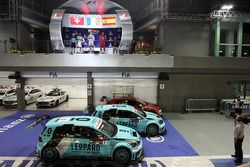Podium: Race winner Jean-Karl Vernay, Leopard Racing, Volkswagen Golf GTI TCR; second place Stefano Comini, Leopard Racing, Volkswagen Golf GTI TCR; third place Pepe Oriola, Team Craft-Bamboo, SEAT León TCR