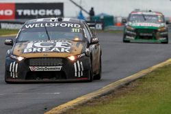 Chris Pither ve Richie Stanaway, Super Black Racing Ford