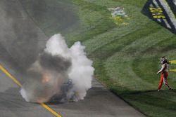 Tony Stewart, Stewart-Haas Racing walks away from his crashed car