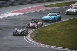 Ivan Bellarosa, Gabriele Belotti, Avelon Formula davanti a Luca Pirri, Gabriele Lancieri, LP Racing