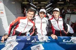 #1 Porsche Team Porsche 919 Hybrid: Mark Webber, Timo Bernhard, Brendon Hartley