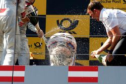 Podium: Timo Glock, BMW Team RMG, BMW M4 DTM y Stefan Reinhold , BMW Team RMG
