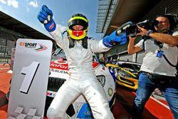 Race winner #1 BMW Team Teo Martin, BMW M6 GT3: Roldan Rodriguez