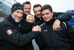 Claudius Karch, Ivan Jacoma, Porsche Cayman S; Marc Hennerici, Moritz Oberheim, Porsche Cayman GT4 Clubsport