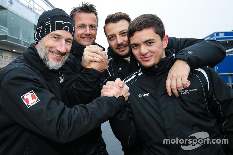 Claudius Karch, Ivan Jacoma, Porsche Cayman S; Marc Hennerici, Moritz Oberheim, Porsche Cayman GT4 C
