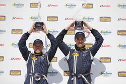Podyum: 1. #15 Multimatic Motorsports Ford Shelby GT350R-C: Scott Maxwell, Billy Johnson