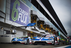 #67 Ford Chip Ganassi Racing Team UK Ford GT: Andy Priaulx, Harry Tincknell, #66 Ford Chip Ganassi R