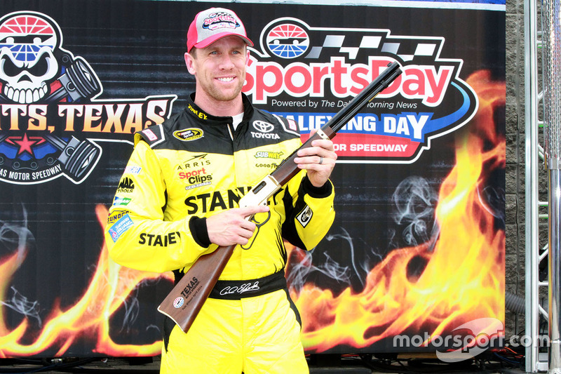 Polesitter Carl Edwards, Joe Gibbs Racing Toyota