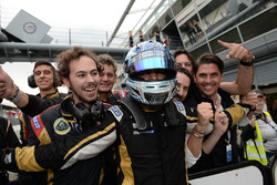 Sieger Roy Nissany, Lotus